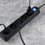 Surge Protector 2E with 5 sockets and a switch 3G1.0, 3m, black