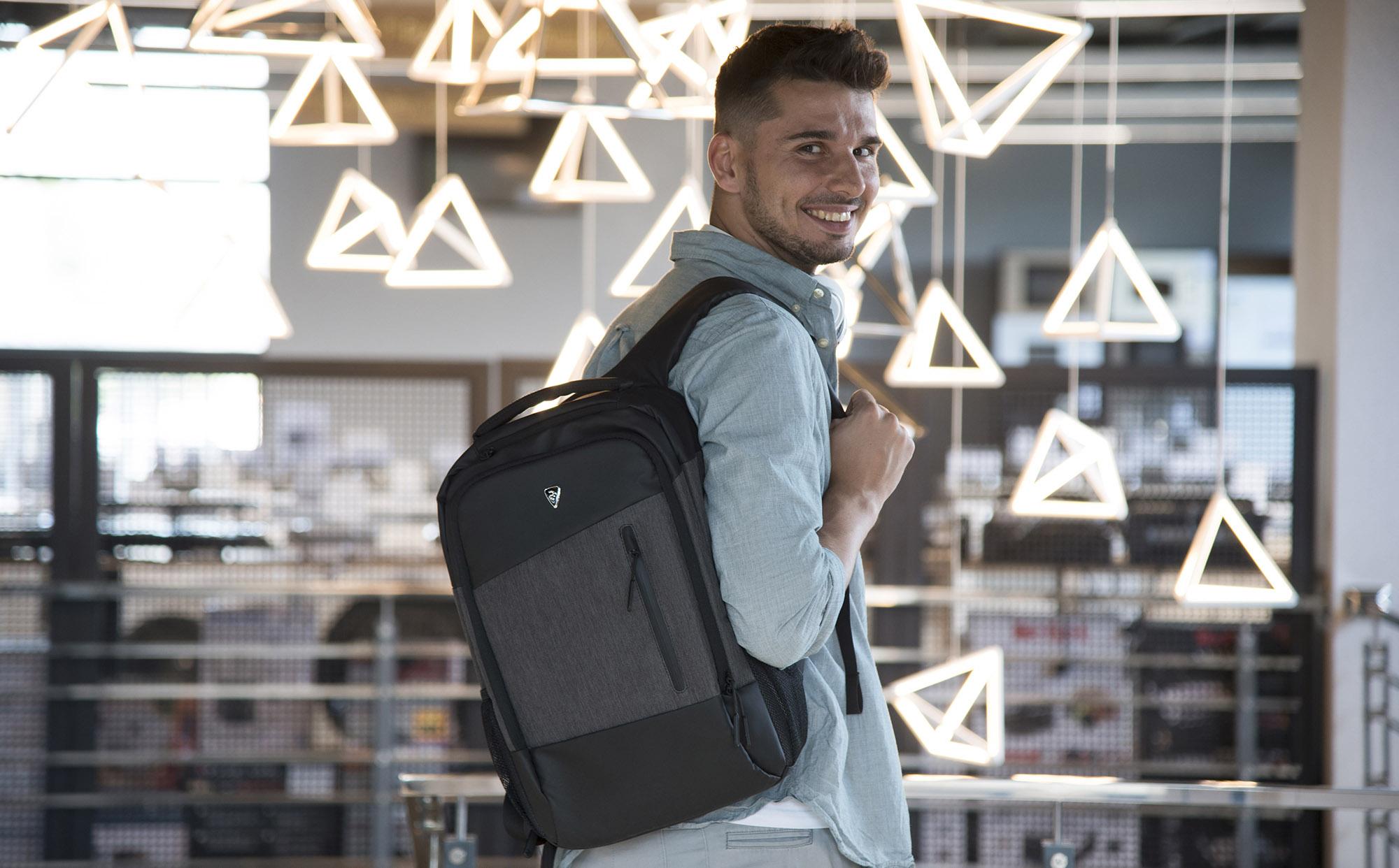 Рюкзаки та сумки 2E на будь-який смак